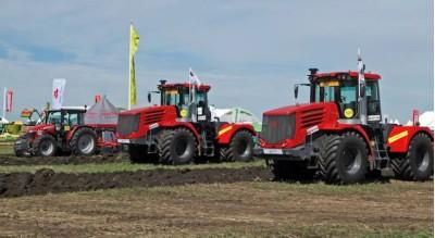тракторы 25654